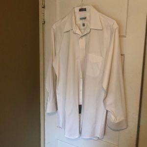 Men's button collar dress shirt 👔